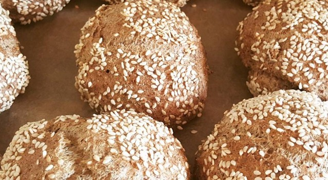 healthy bread rolls